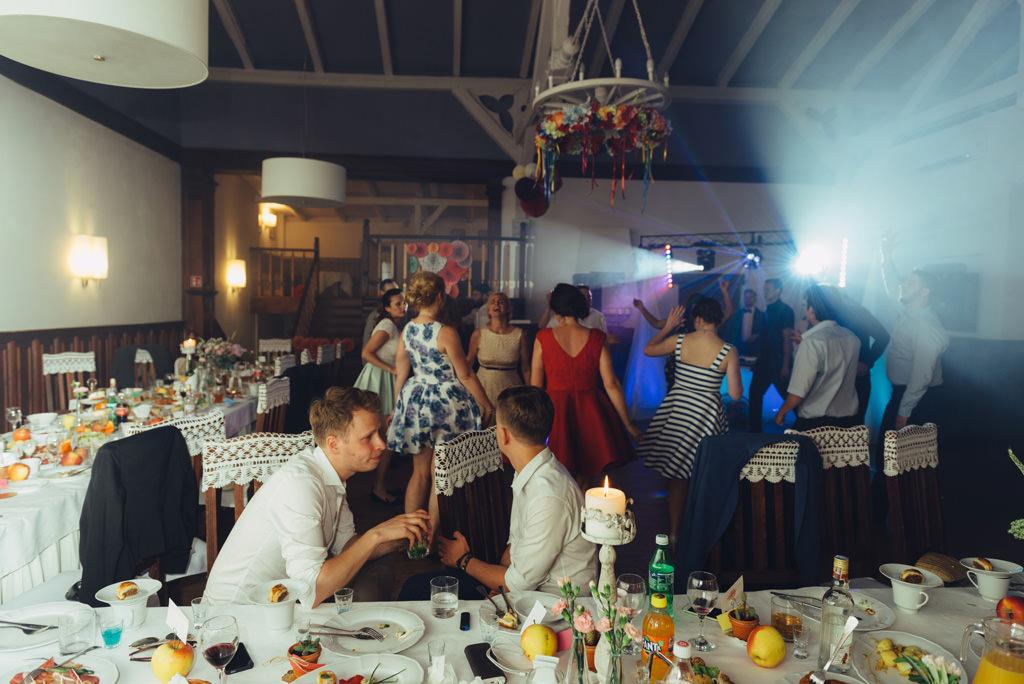 zabawy na przyjęciu ślubnym