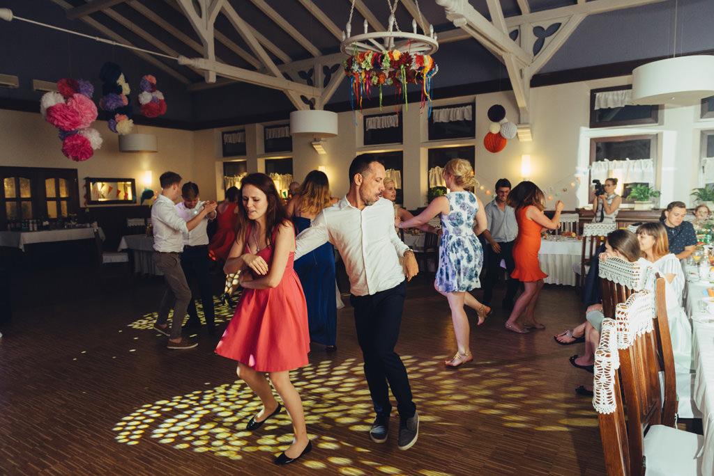 zabawy na przyjęciu weselnym