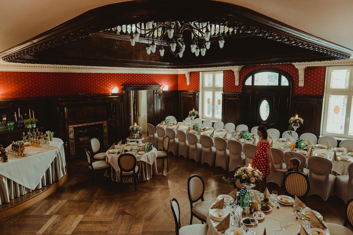 przyjęcie ślubne w Leśniczówce