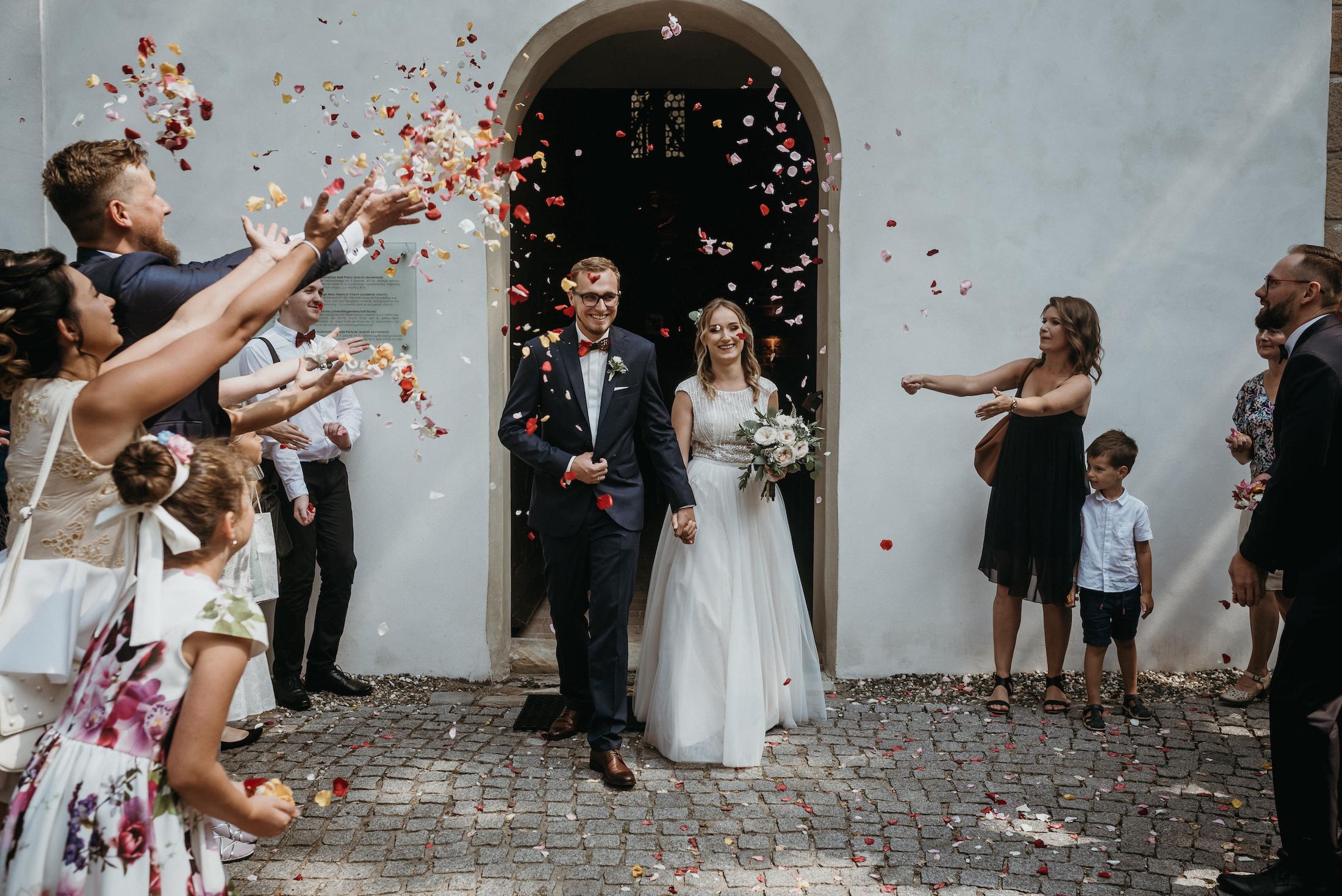 Ślub konkordatowy - przewodnik po formalnościach. 2